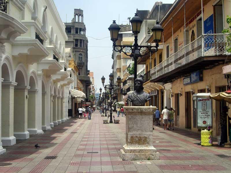 Altstadt-Santo-Domingo-1